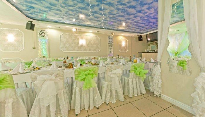 """Ресторан для свадьбы, банкетный зал """"В двух шагах"""""""