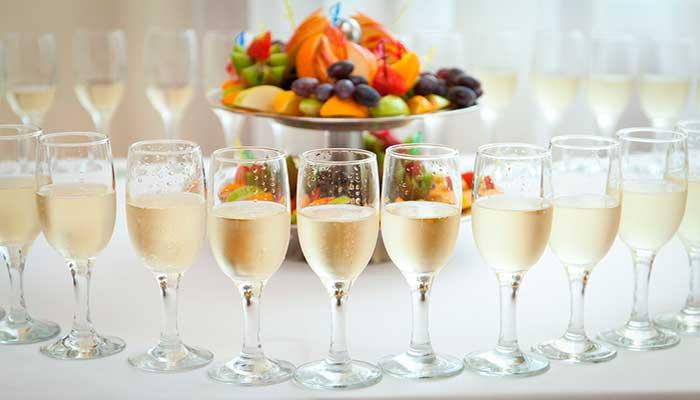 Ресторан для свадьбы, банкетный зал Ассамблея в гостинице Октябрьская
