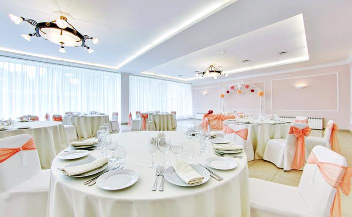 """Ресторан для свадьбы, банкетный зал """"Авенариус"""" в Сестрорецке"""