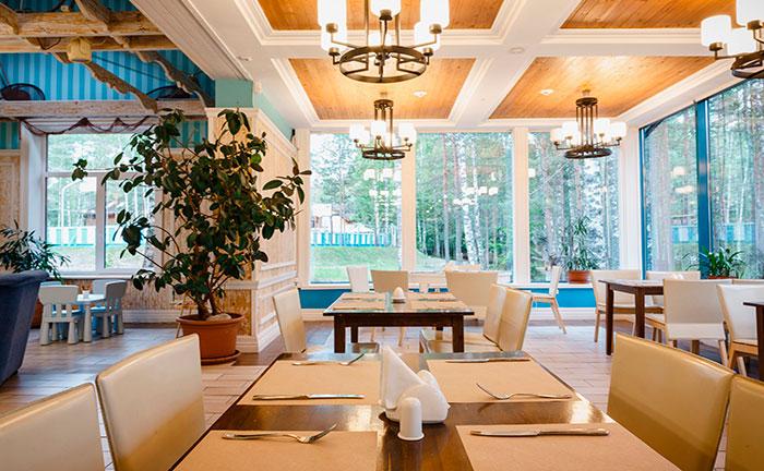 Ресторан для свадьбы, банкетный зал Озерный, загородный клуб Орех в Орехово