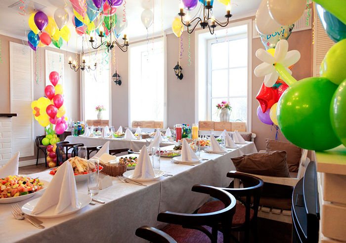 Кафе для свадьбы, юбилея, дня рождения Кафе Гостиная на Пионерской