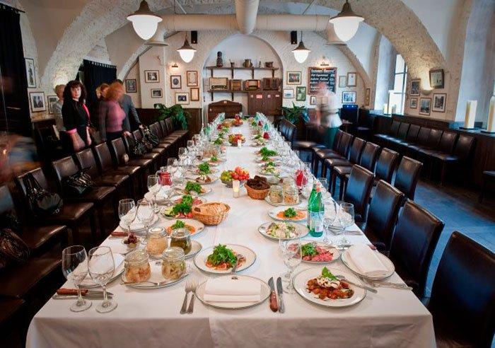 """Ресторан для свадьбы, банкетный зал """"Строганов Бар и Гриль / Stroganoff Bar & Grill"""""""