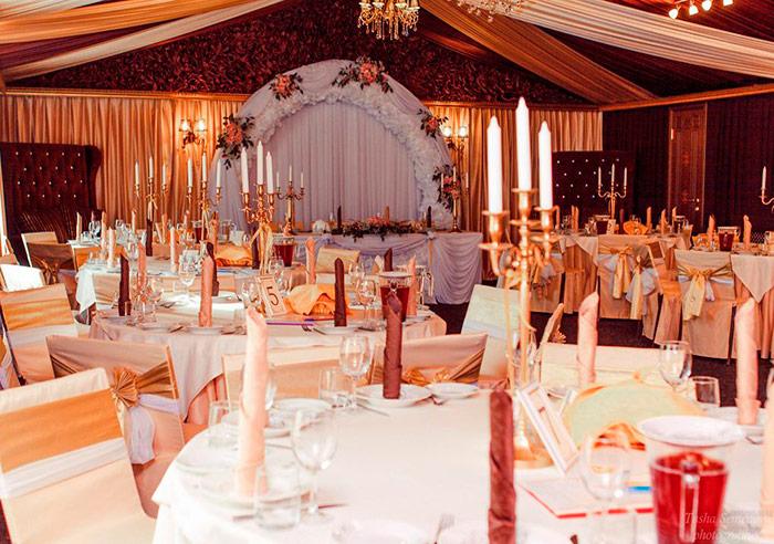 Ресторан для свадьбы загородом, банкетный зал Иваново Подворье в Токсово