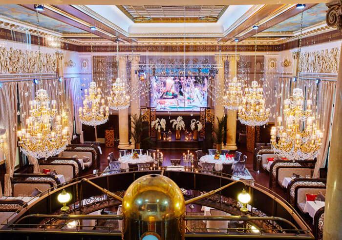 Ресторан для свадьбы, банкетный зал в центре города Метрополь / Маджестик Холл